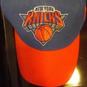 🇺🇸 3/$30 *NEW* Adidas NY Knicks Adj Velcro hat